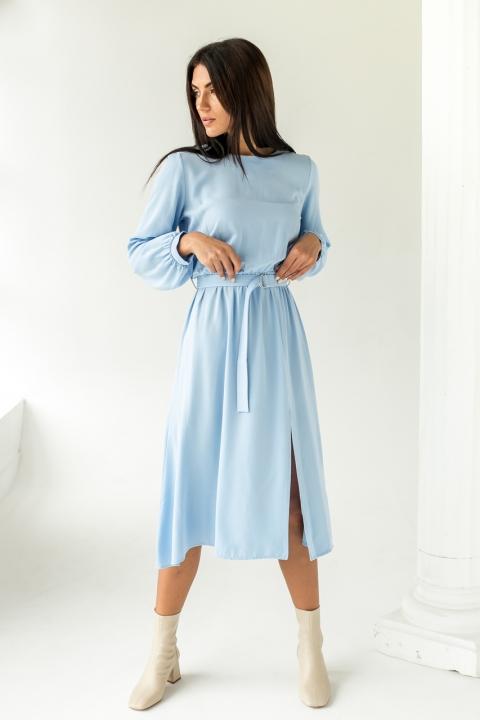 Элегантное платье однотонное с пояссом