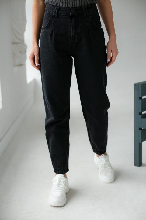 Свободные джинсы mom со строчками