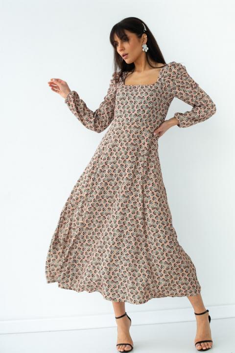 Платье с завышенной талией и цветочным рисунком