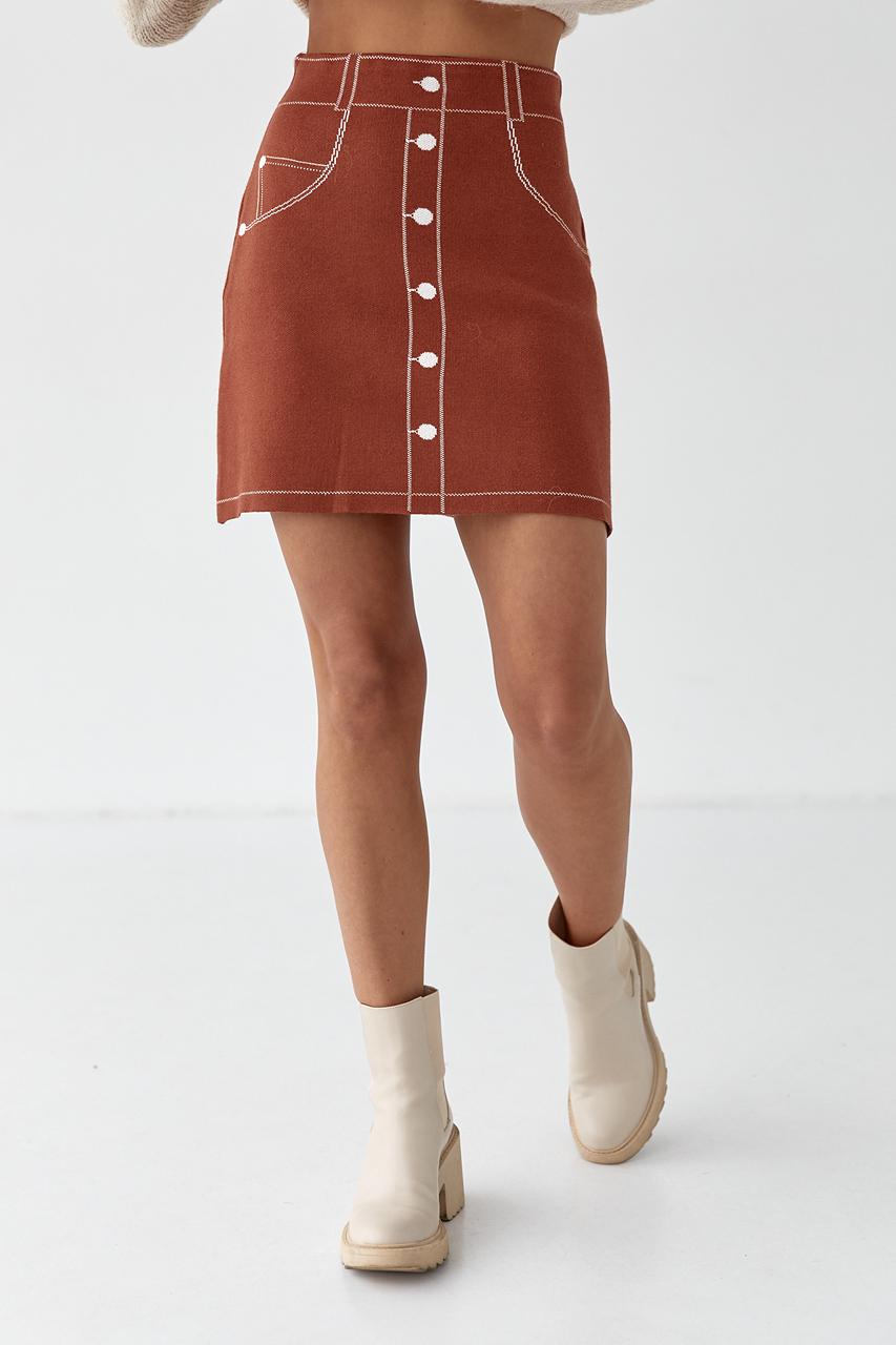 Трикотажная мини-юбка с нарисованными пуговицами и карманами LUREX - коричневый цвет
