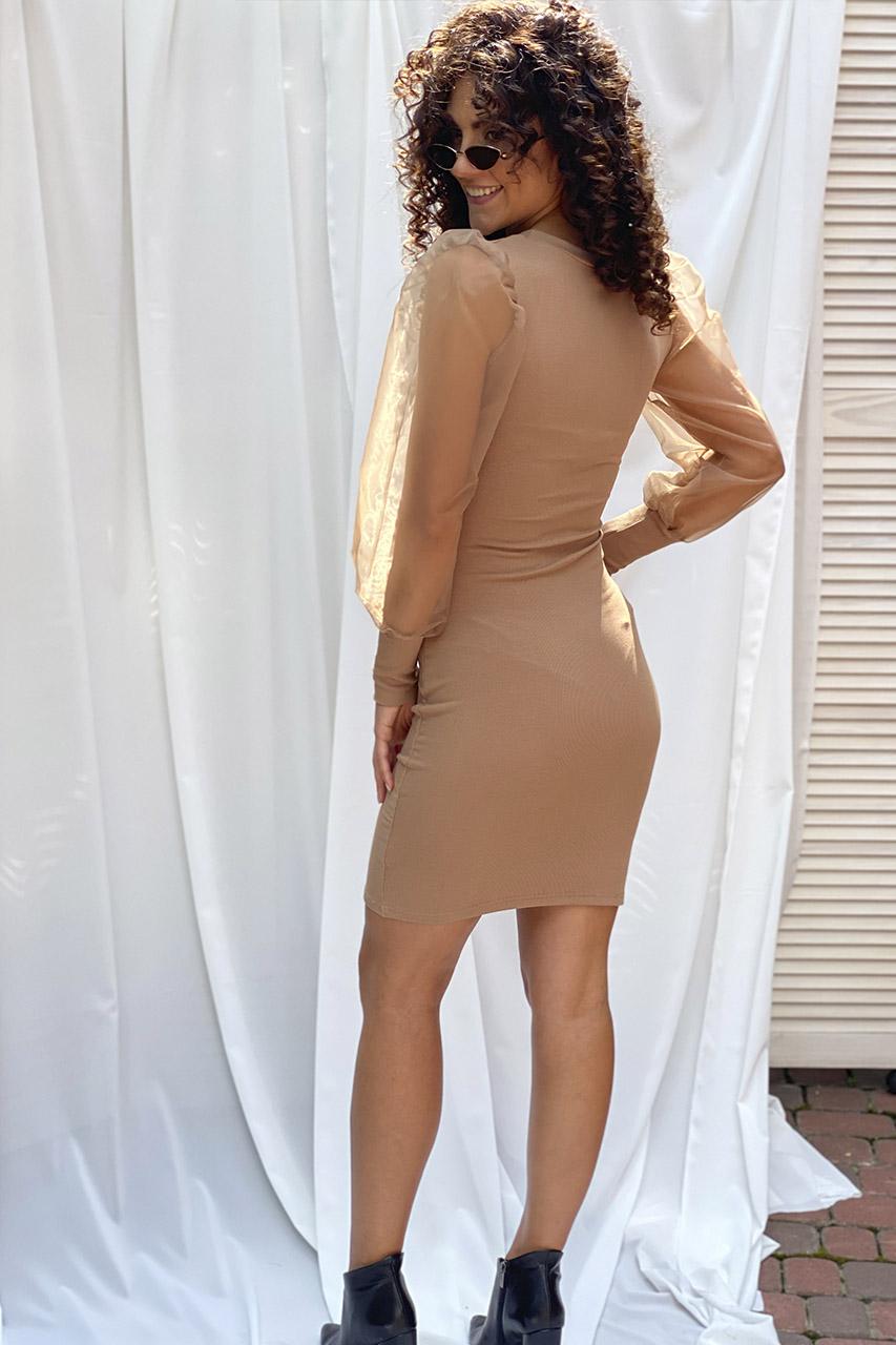 Приталенное платье с объемными рукавами из органзы LUREX - кофейный цвет