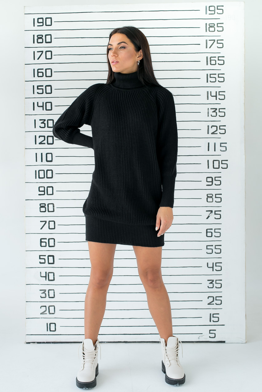 Платье-реглан с хомутом крупной вязки LUREX - черный цвет