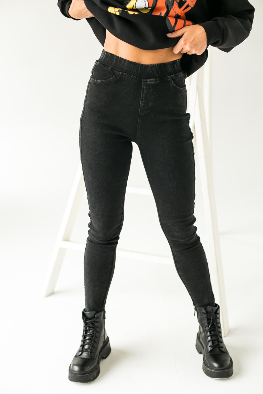 Теплые штаны с лампасами на байке FLNN - черный цвет