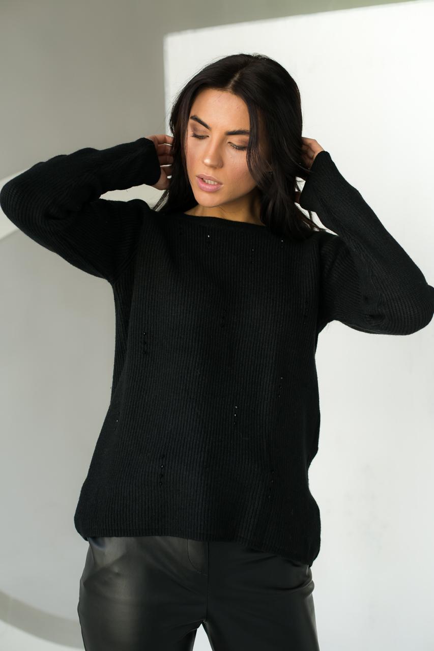Джемпер свободного силуэта декорированный гранеными бусинами  P-M - черный цвет