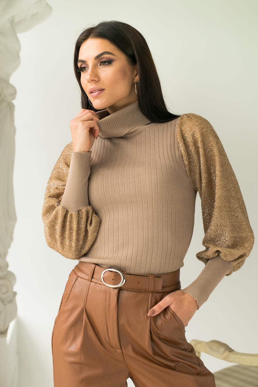 Облегающий свитер с трендовыми объемными рукавами блестящая травка Jasmine - кофейный цвет