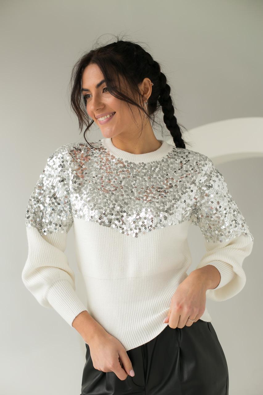 Стильный джемпер декорированный россыпью пайеток May - белый цвет