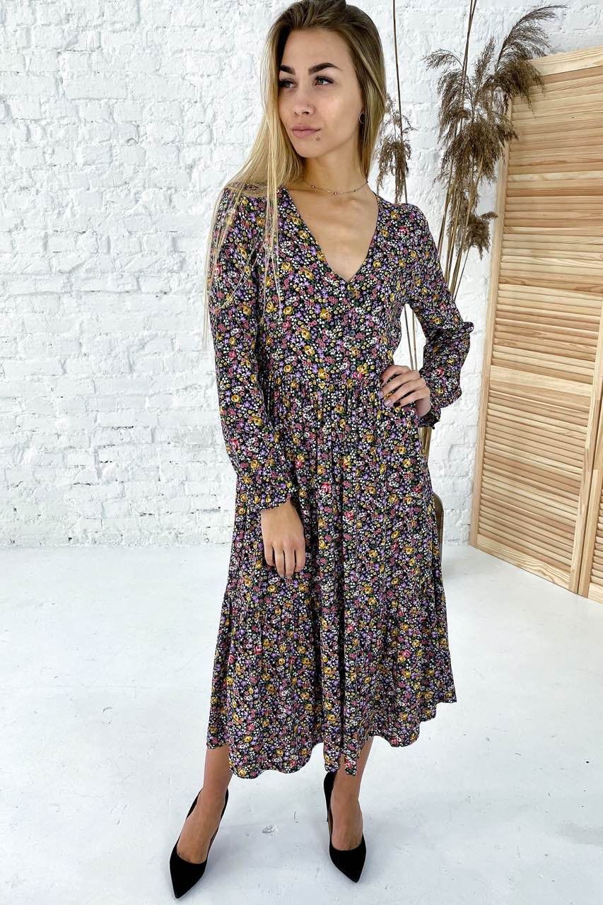 Интересное длинное платье с V-вырезом Clew - горчичный цвет