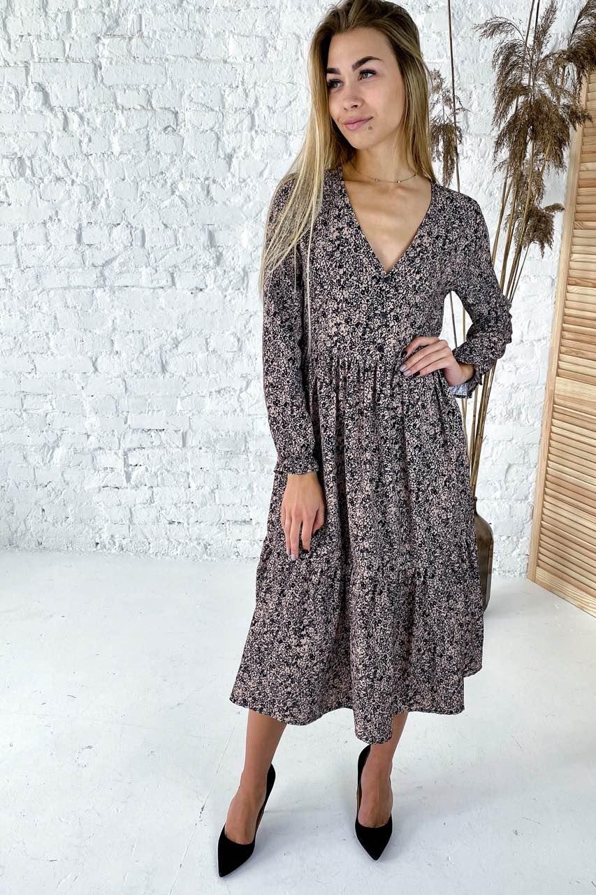 Необычное платье с необычным цветочным орнаментом Clew - кофейный цвет