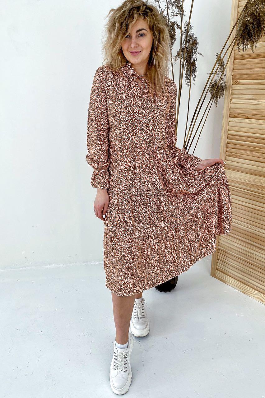 Необычное платье миди с флористическим узором  VOOL Style - св-коричн цвет