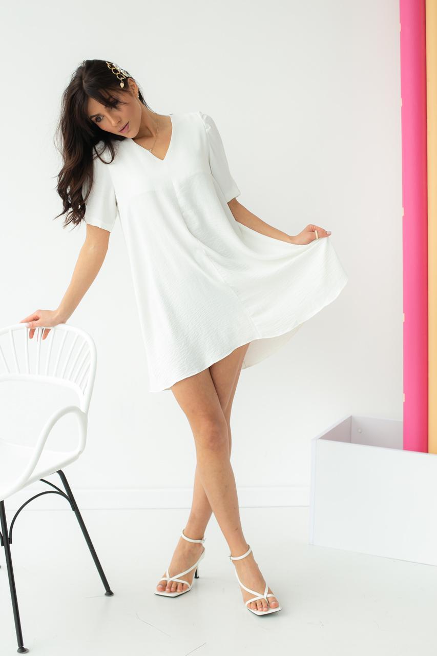 Необычное платье over-size с коротким рукавом  VOOL Style - белый цвет
