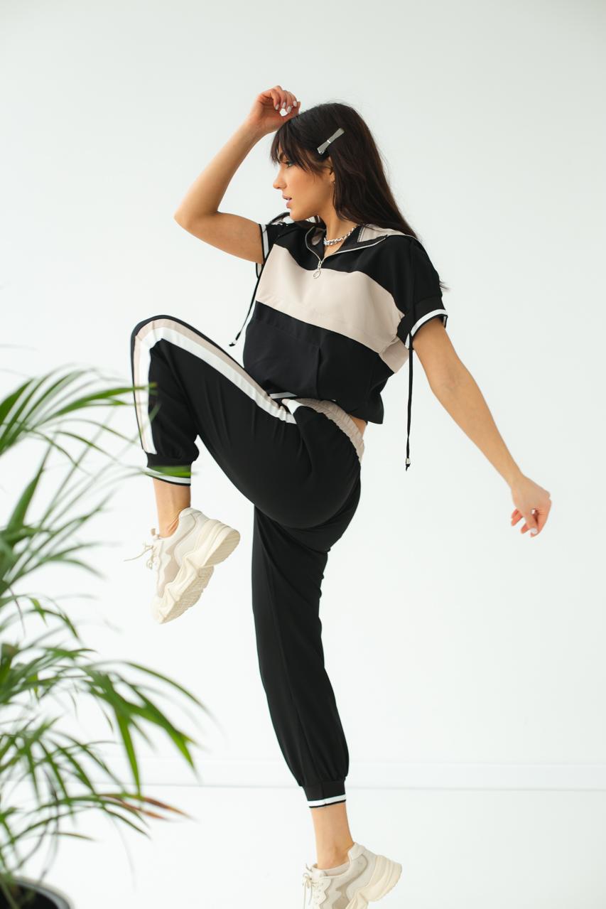 Спортивный костюм женский летний  PERRY - бежевый цвет
