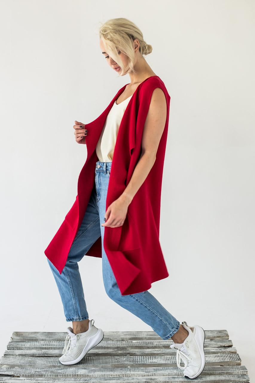 Женская жилетка интересного кроя  P-M - красный цвет