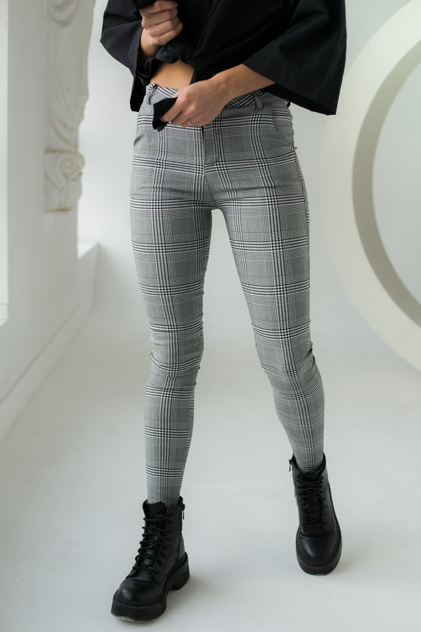 Классические штаны в клетку MX - серый цвет