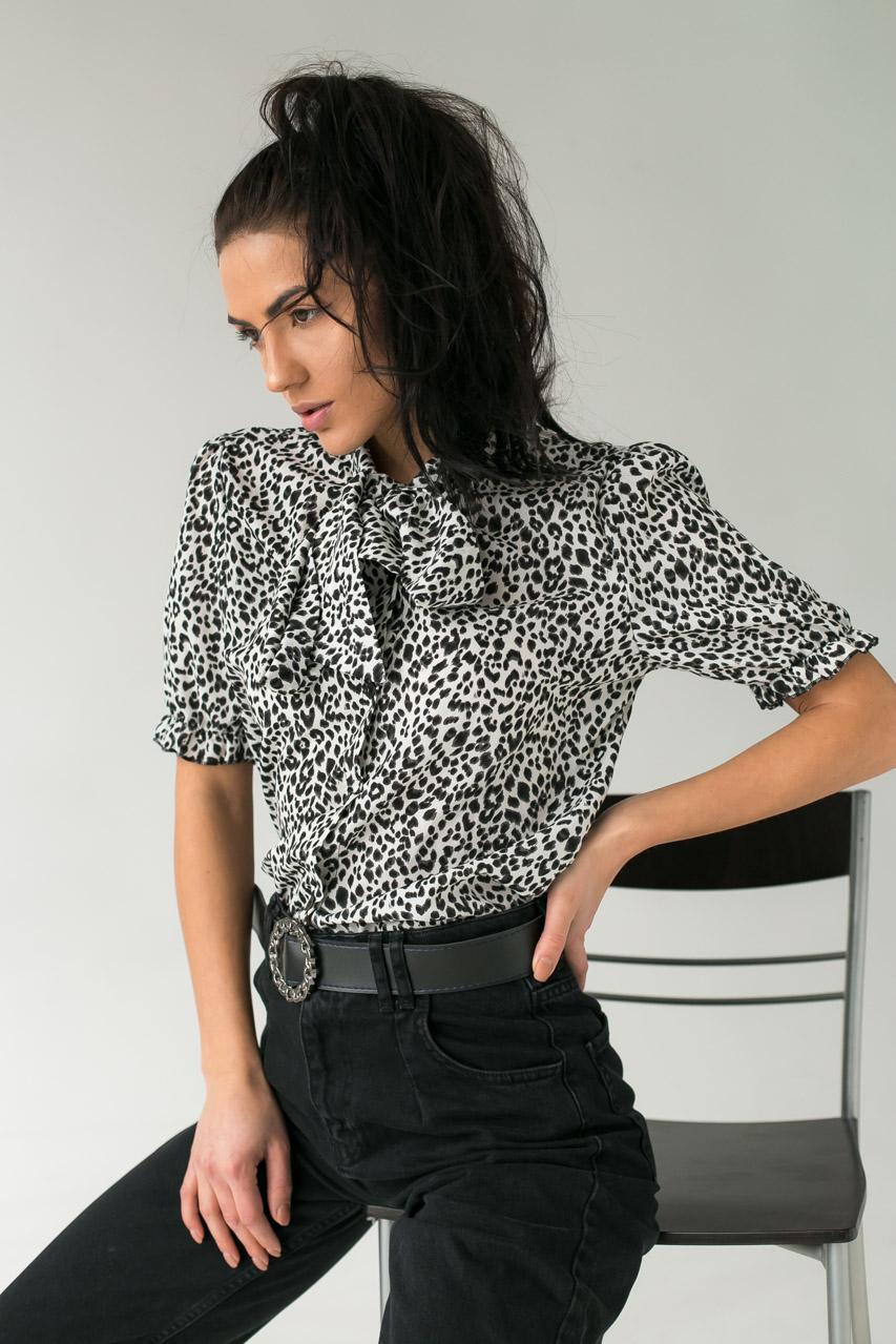 Леопардовая женская блузка с завязками LUREX - белый цвет