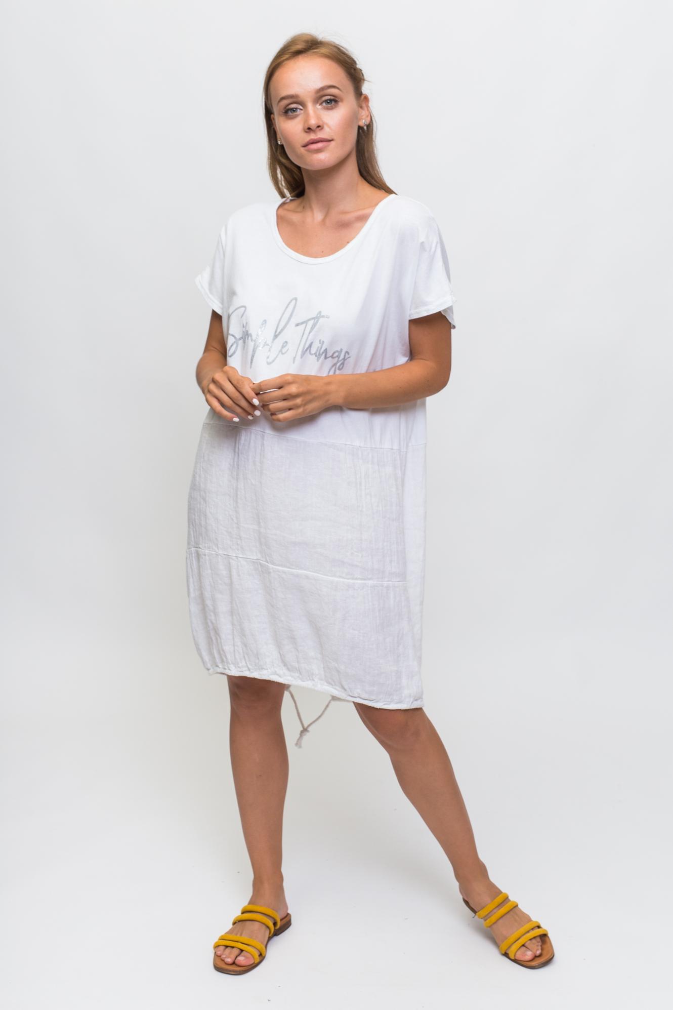 Свободное летнее платье с надписью KS - белый цвет
